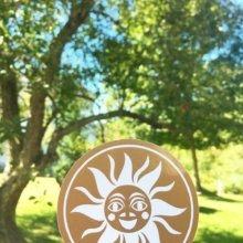 ☀️We're loving the sunshine today almost as much as we love this Metallic Gold ink! ☀️ #Stowe #Vermont #stickers #branding #marketing #summer